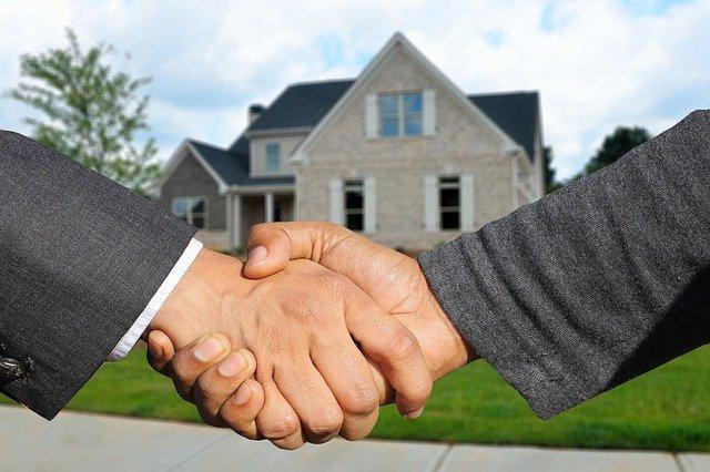 ¿Por qué confiar en una agencia inmobiliaria? Tres razones para convencerte de que lo hagas